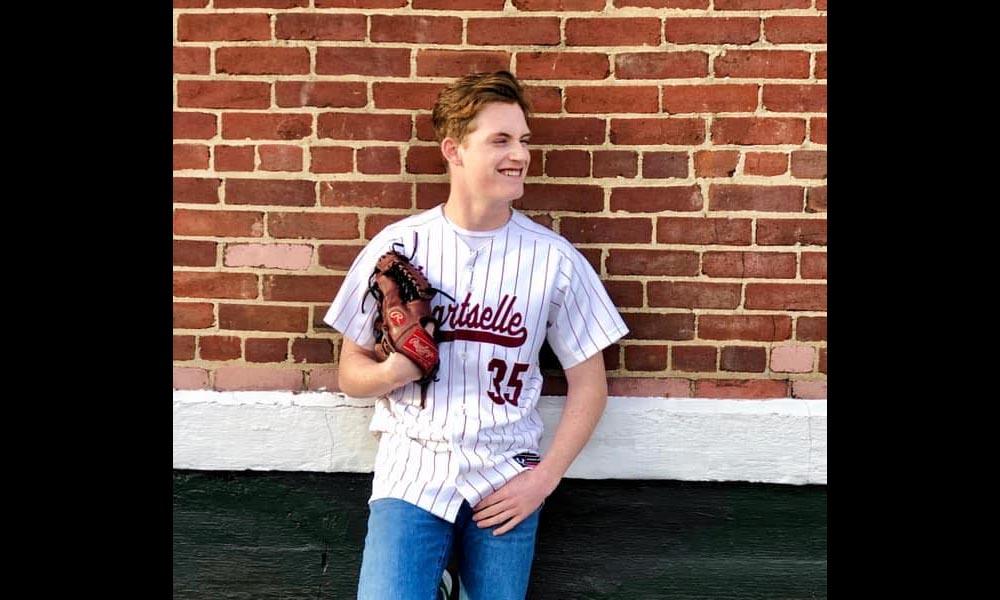 Hartselle's Borden commits to play baseball at UAH