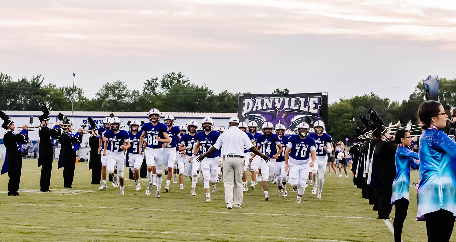 Danville moves to 3-0 with a 28-3 win over Colbert Heights